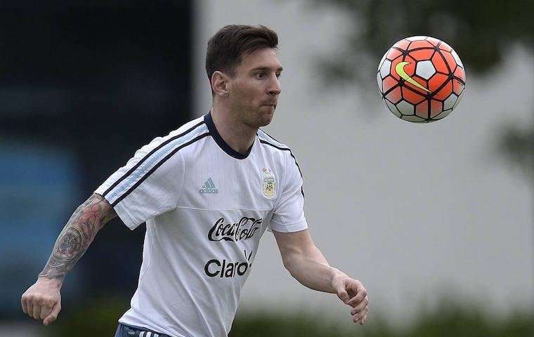 Месси забил 400-й гол в евро кубкахфото с матча - алексей