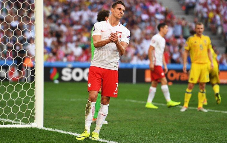 Прогноз на футбол польша швейцария [PUNIQRANDLINE-(au-dating-names.txt) 43