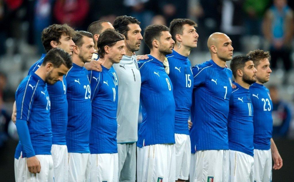 это футболисты сборной италии фото больше людей