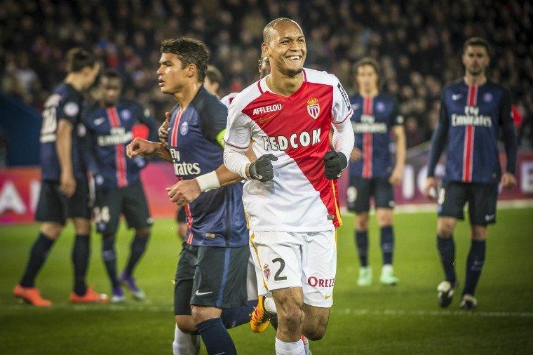 «Монако» обыграл ПСЖ ивышел напервое место вчемпионате Франции