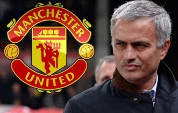 «Манчестер Юнайтед» вырвал победу у«Халл Сити»