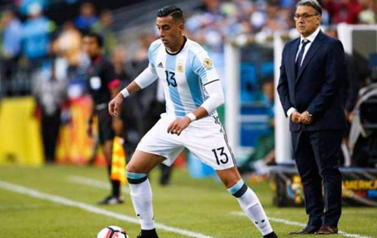 Неймар обеспечивает победу сборной Бразилии