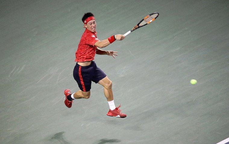 Француз Гаэль Монфис стал последним полуфиналистом теннисного турнира вТокио