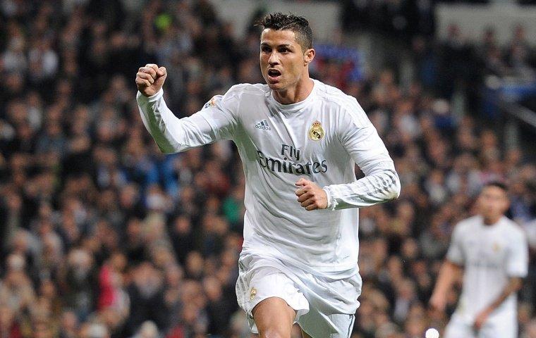 «Реал» одержал первую замесяц победу вПримере