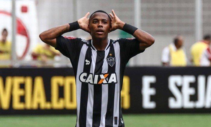 Экс-футболист сборной Бразилии Робиньо приговорен к9 годам заизнасилование
