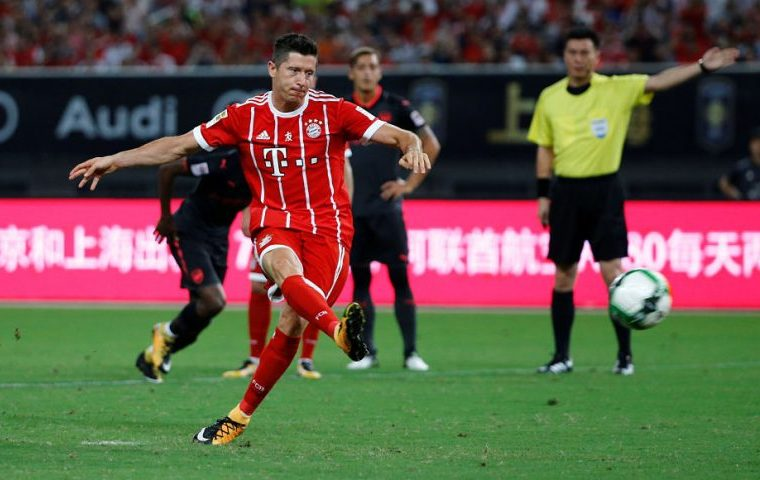 «Бавария» разгромно проиграла «Милану» натурнире в КНР