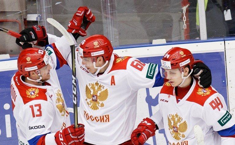 Сборная Российской Федерации проиграла Швеции вматче чешского этапа Евротура. Онлайн иголы