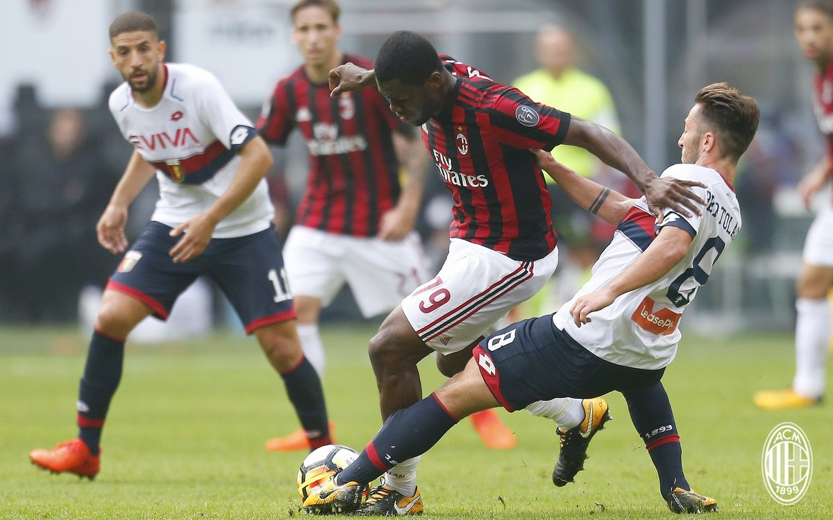 Прогноз на матч Милан - Дженоа: тотал забитых мячей превысит 2,5