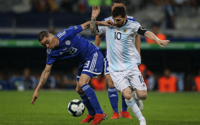 Месси иПаредес— всоставе сборной Аргентины наматч сКатаром