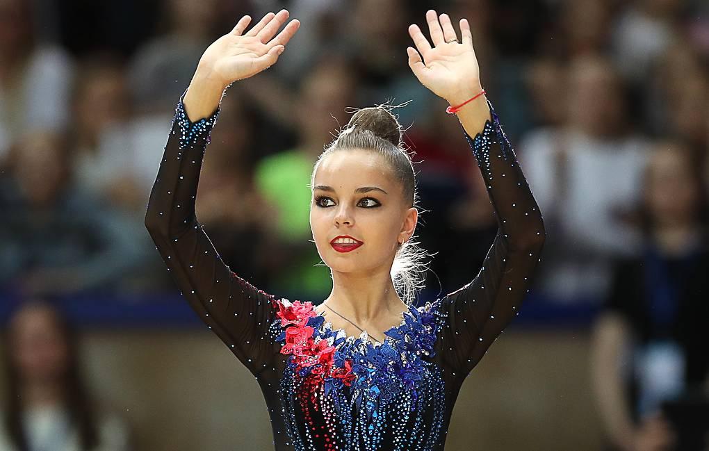 Арина Аверина выиграла чемпионат России по художественной гимнастике в многоборье