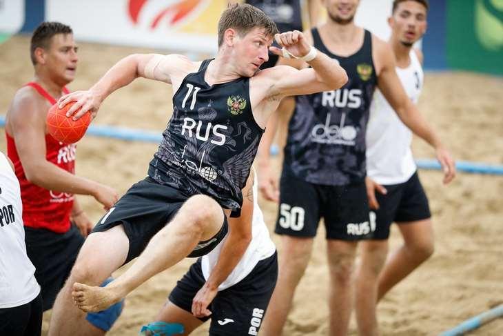 Пляжный гандбол. Сборная России обыграла Данию на Евро и заняла первое место в группе