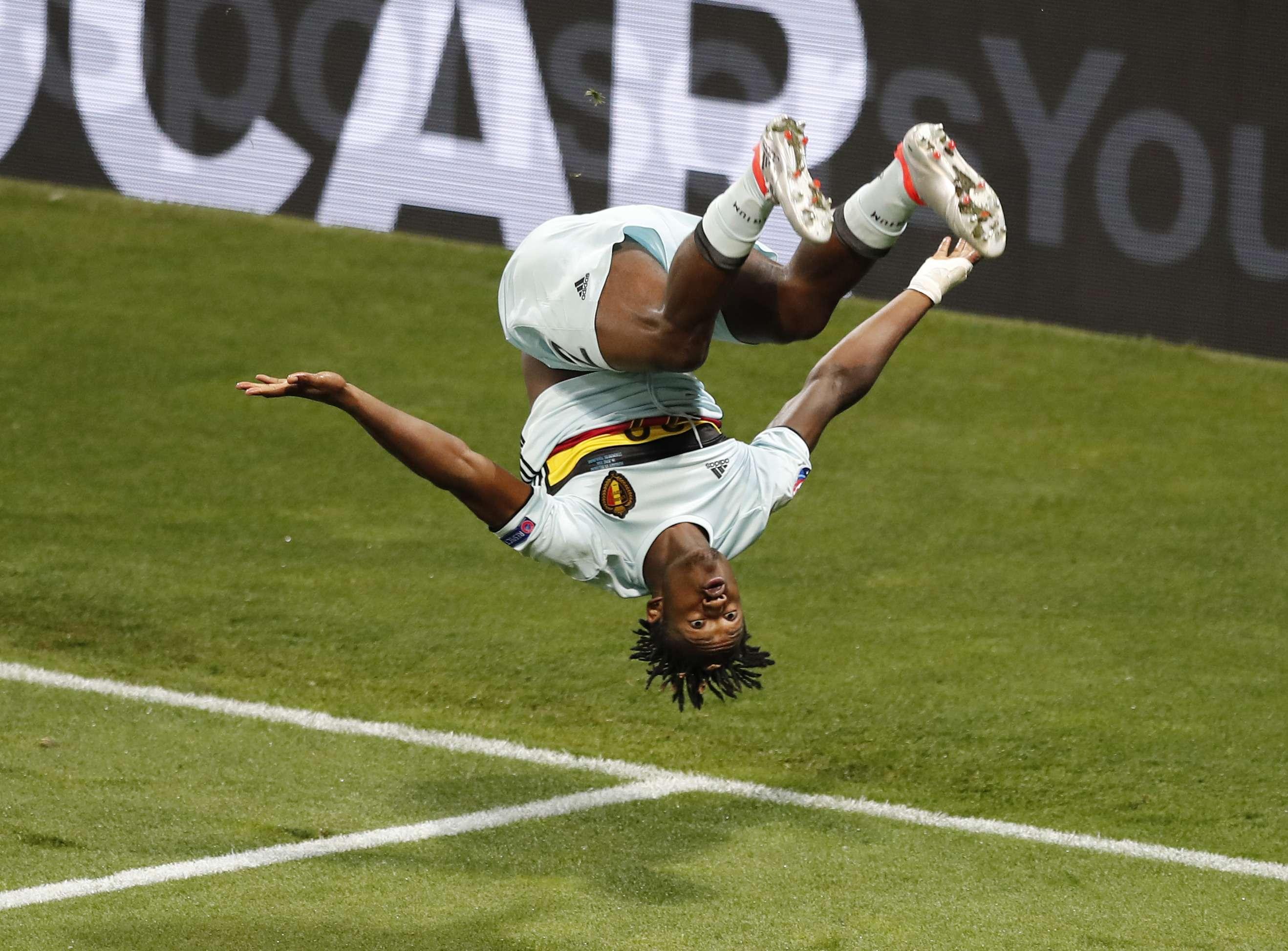 ржачные картинки футбола можете получить