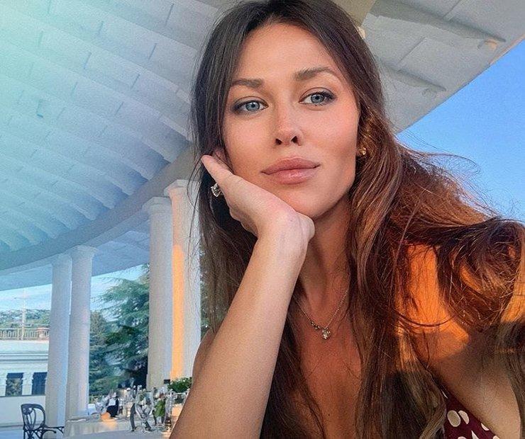 Анна Кастерова, жена российского хоккеиста Евгения Малкина